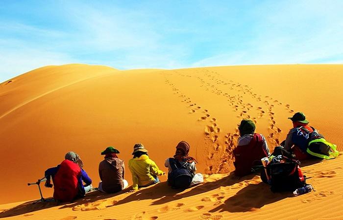 Đồi cát vàng Mũi Né – Điểm đến hấp dẫn không thể bỏ qua