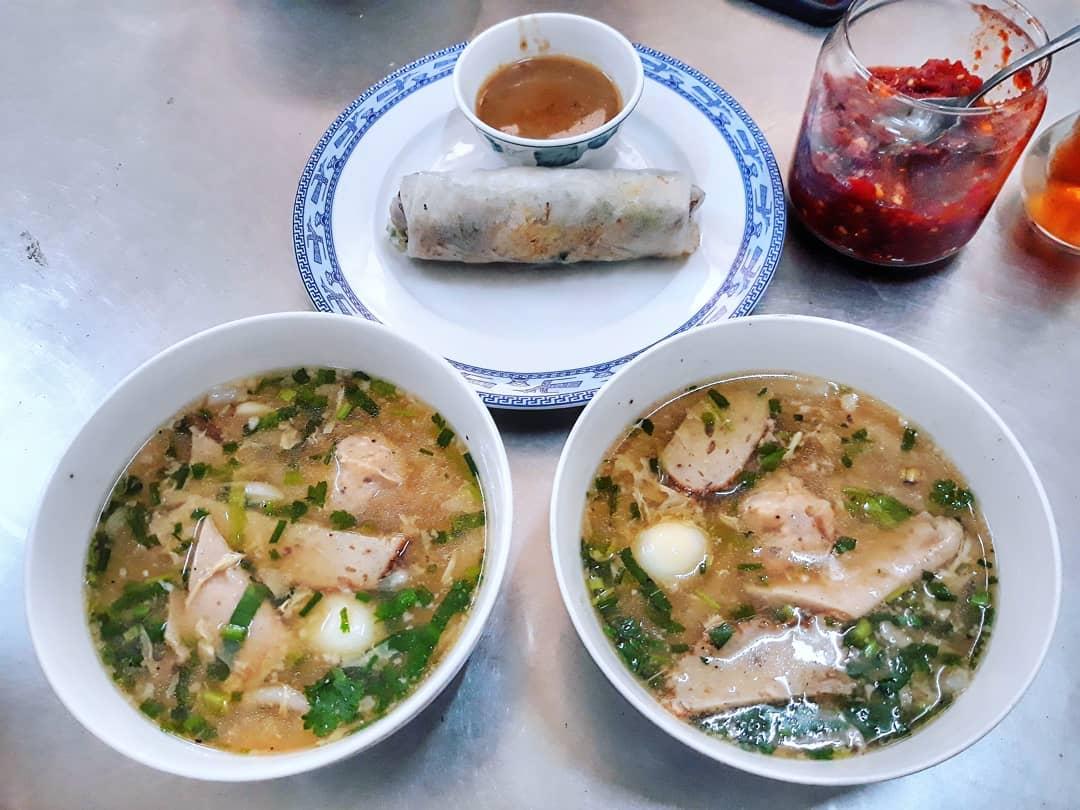 Bánh canh bà O - Quán ăn ngon ở Quy Nhơn nổi tiếng nhất